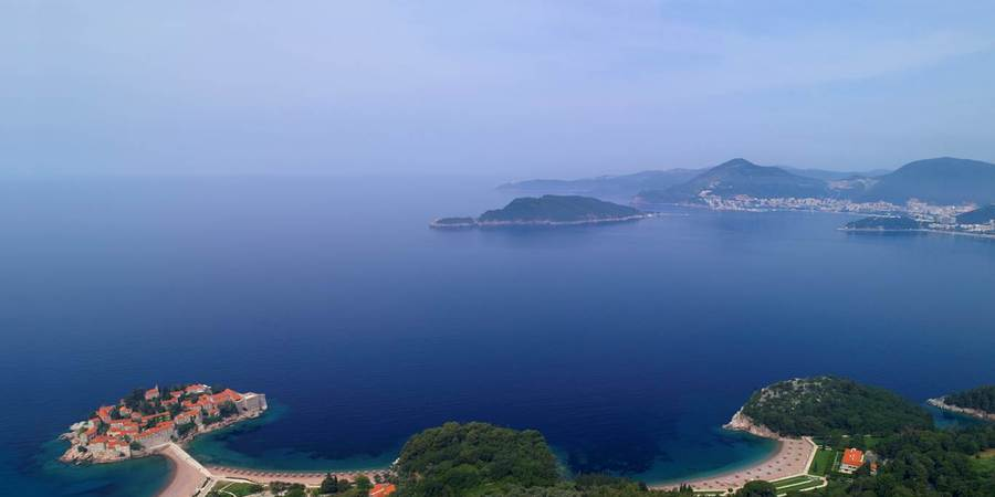 Вида на Будву и остров Святой Стефан, Черногория